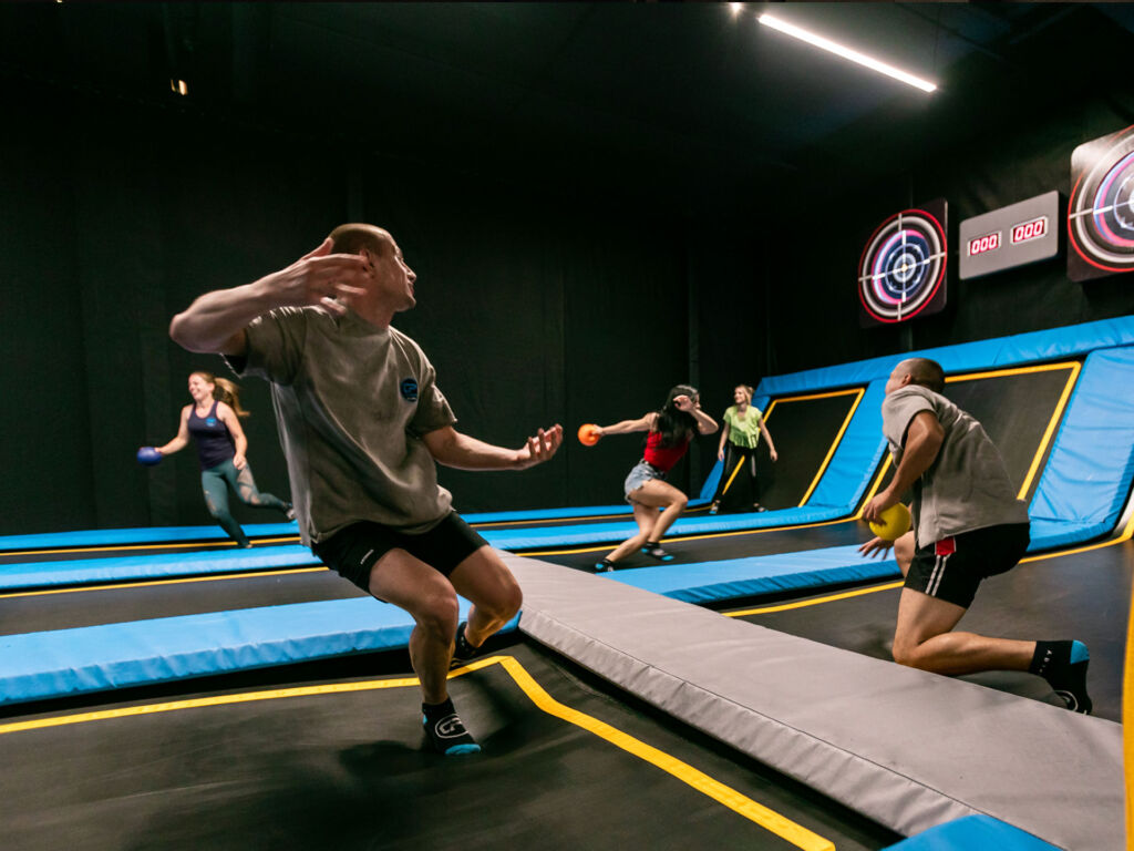 COSMO JUMP Dodge Ball Arena